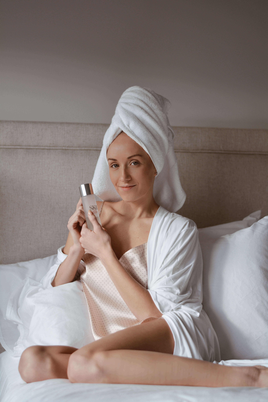 skii_facial_treatment_essence_skincare_review